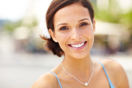 Коронки из оксида циркония и виниры на зубы